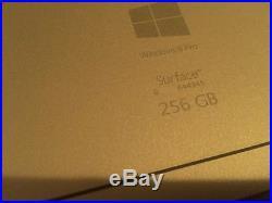 Microsoft Surface Pro 3 12.3 i5 256GB SSD Wi-Fi 8GB RAM NO USB Docking station