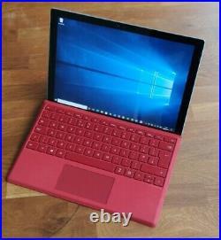 Surface Pro 4, i5 6300u, inc Microsoft Docking station & Keyboard